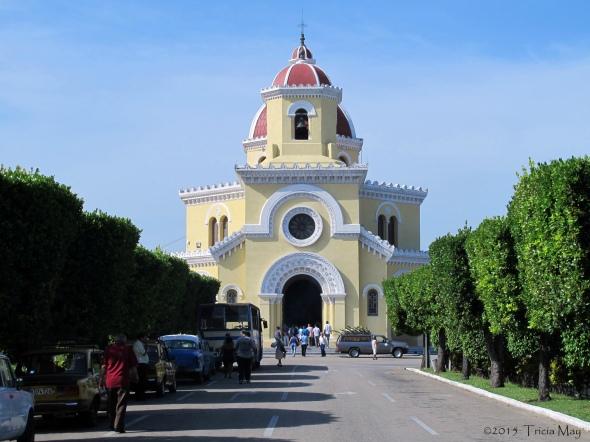 Necropolis Cristóbal Colón - Main cemetery chapel 01©