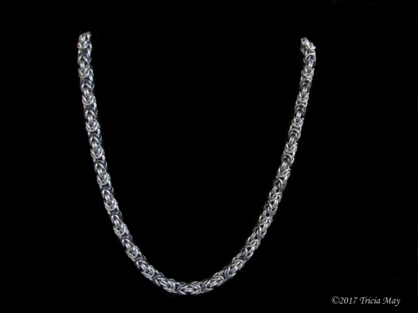 Byzantine-silver and icy black-thick ©