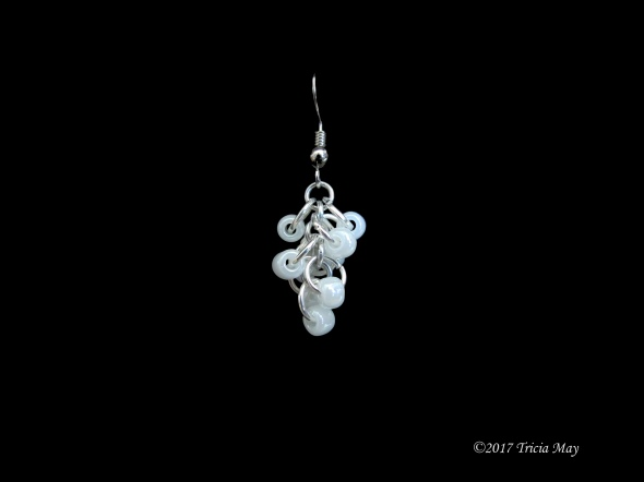 Earrings - Beads-white ©