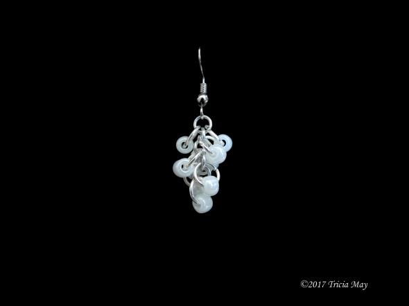 Earrings - Beads-white ©