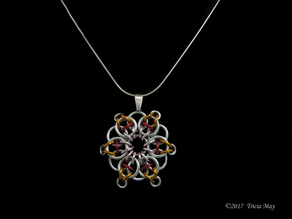 Pendant-pink,red,orange ©