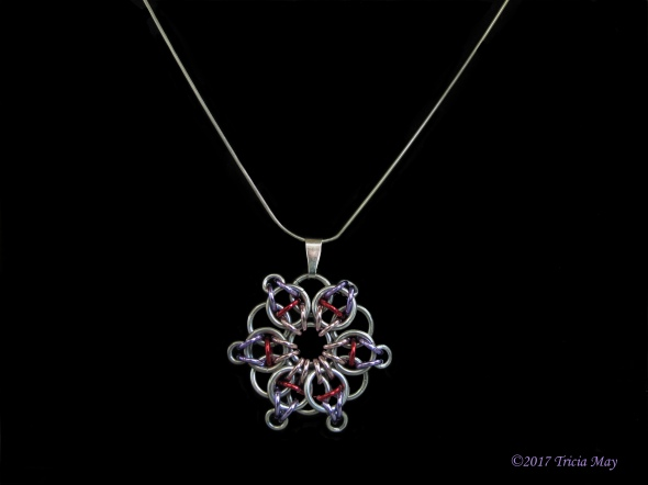 Pendant-pink,red,purple ©