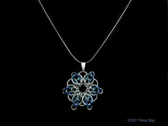 Pendant-silver,light blue,dark blue ©